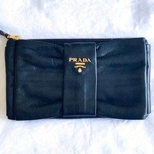 PRADA AUTHENTIC LEATHER CLUTCH GREAT SIZE